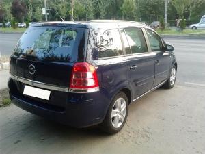 Opel Zafira (5+2 locuri) - cutie manuala, diesel