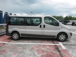 Imagini Opel Vivaro (8+1 locuri)